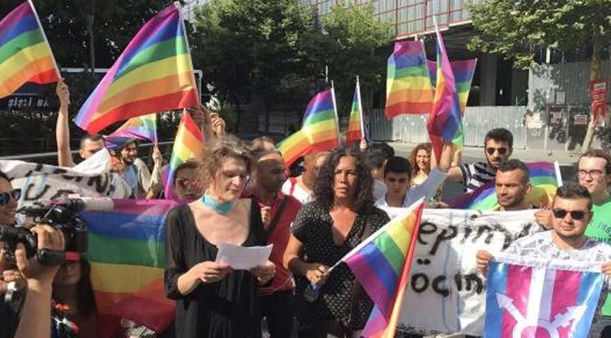 LGBT yürüyüşünde 7 gözaltı