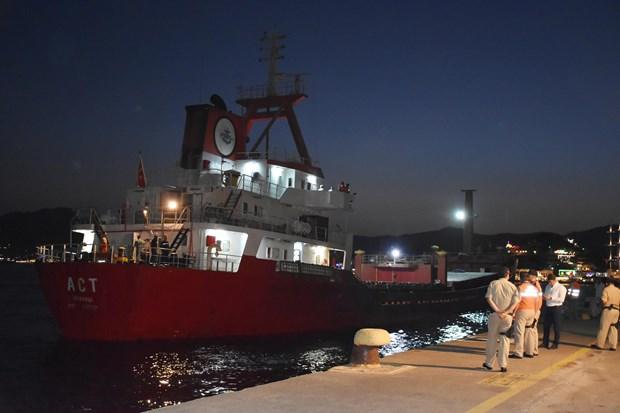 Ateş açılan gemide inceleme yapıldı