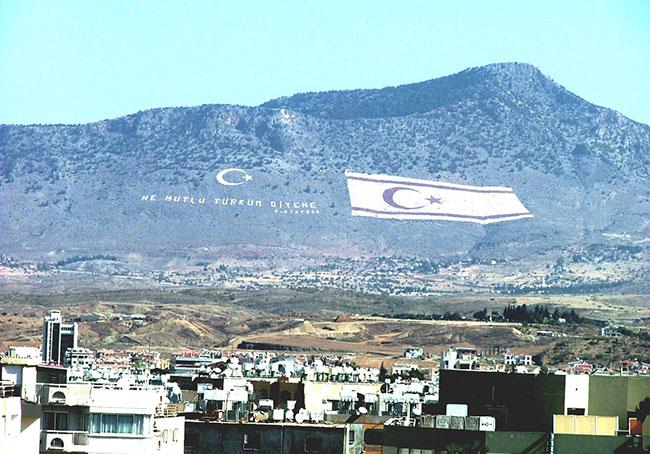İdlib'de garantör olup Kıbrıs'ta garantörlükten vazgeçmek