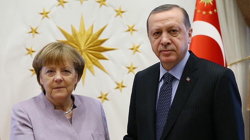 Erdoğan, Merkel ile görüşecek