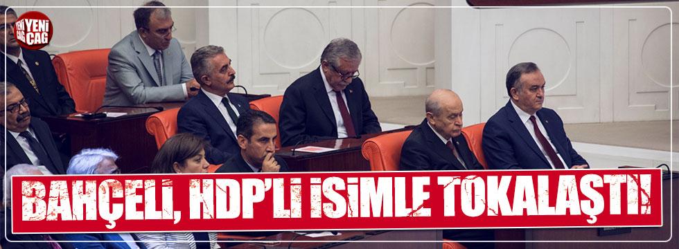 Bahçeli, HDP'li Celal Doğan'la tokalaştı