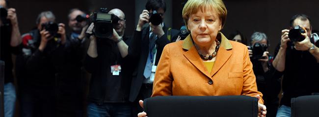 Merkel: Türkiye'de olanlardan endişe duyuyoruz
