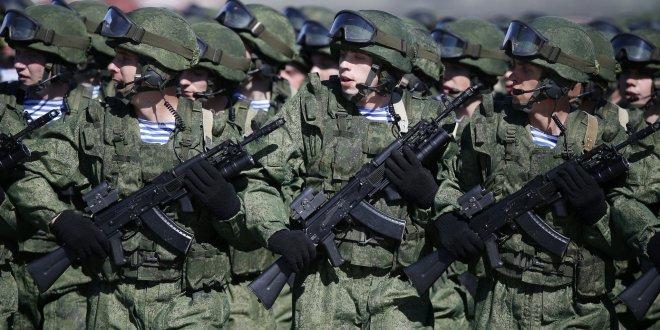 Rusya sınıra asker kaydırdı