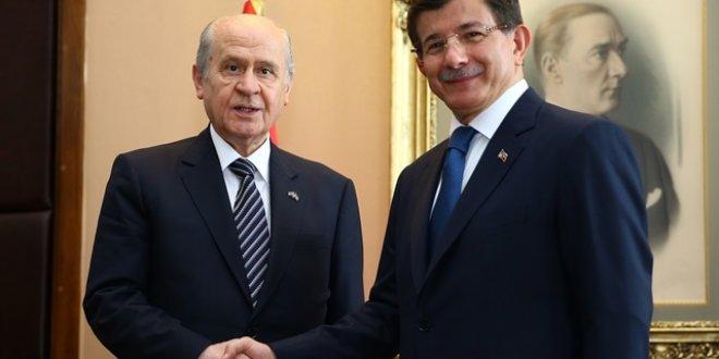 MHP'den Davutoğlu'na sert cevap