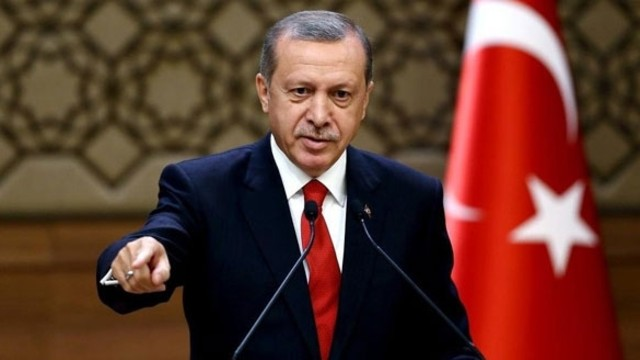 AKP Genel Merkezi'nde sürpriz toplantı