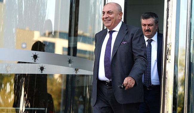 """Tuğrul Türkeş'ten Semih Yalçın'a: """"Sarhoşlara cevap vermem!"""""""