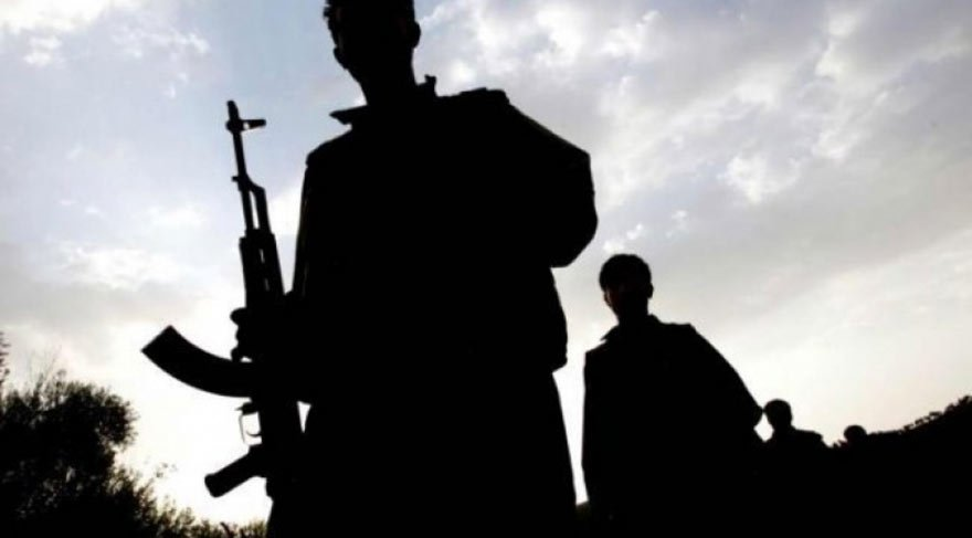 Cizre'de polis aracına bombalı saldırı