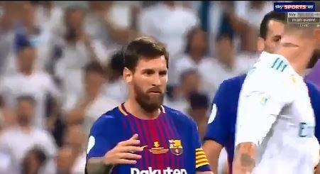 Messi'yle böyle dalga geçtiler!
