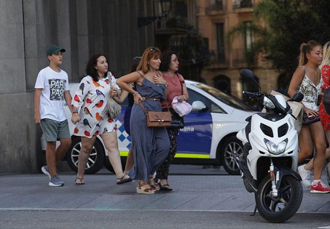 Barcelona karıştı: 12 ölü
