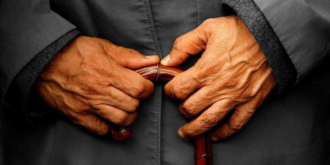 İsveç 106 yaşındaki göçmeni sınır dışı ediyor!