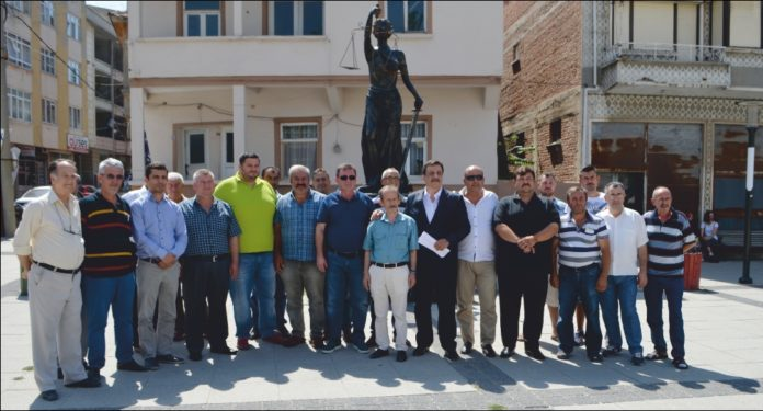 MHP'de 21 istifa daha