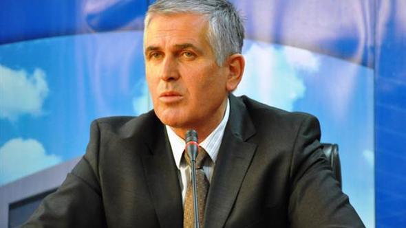 Kosova'nın ilk başbakanı hayatını kaybetti