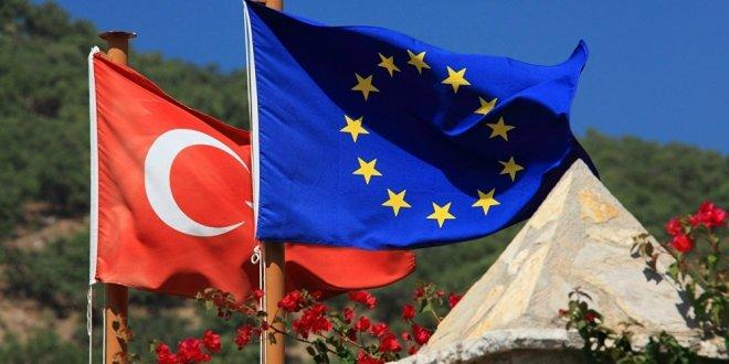 AB'den Türkiye'ye Interpol uyarısı!