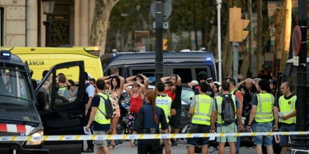 İspanya'daki saldırının şüphelisi öldürüldü