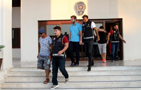Anadolu Atayün'ün eşi ve oğlu Yunanistan'a kaçarken yakalandı