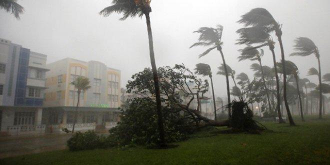 Irma kasırgası can aldı