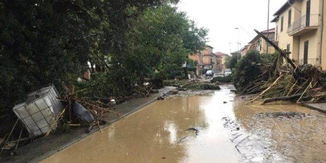 Felaket bu sefer İtalya'yı vurdu:6 ölü, 2 kayıp