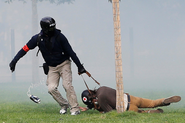 Fransa'da göstericilere polis müdahalesi