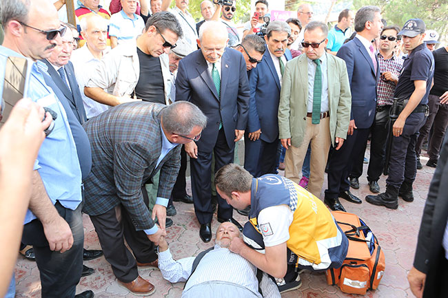 Kılıçdaroğlu'nun önünde bayılan adamdan açıklama