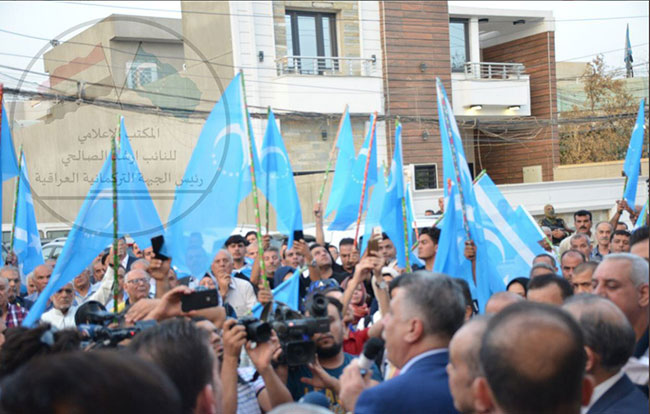 Türkmenler Kerkük için meydanlarda!