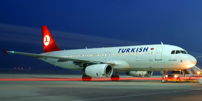 Bakan Bey'in talimatı uçak döndürdü!..