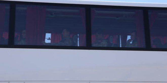 Komandolar Suriye'ye otobüsle sevk edildi