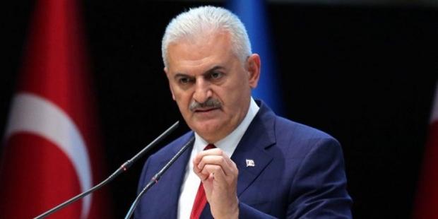 Başbakan Yıldırım, derbideki pankarta soruşturma talimatı verdi!