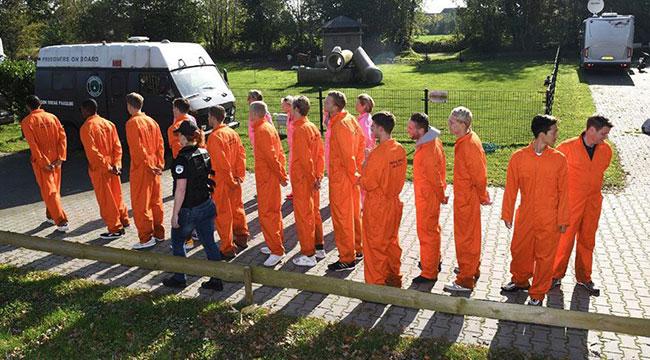 Hollanda'da futbolculara hapishane şoku