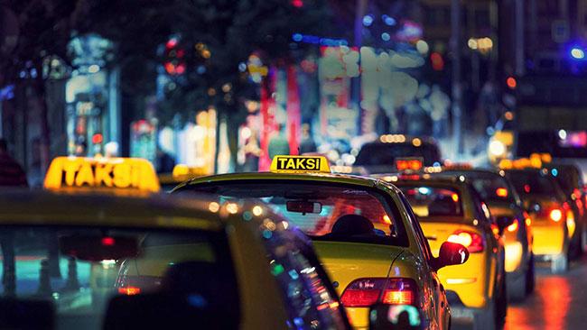 Telefonunu takside unutan Ataklı'nın başına gelmeyen kalmadı