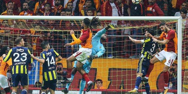 Galatasaray ve Fenerbahçe'de kadrolar açıklandı