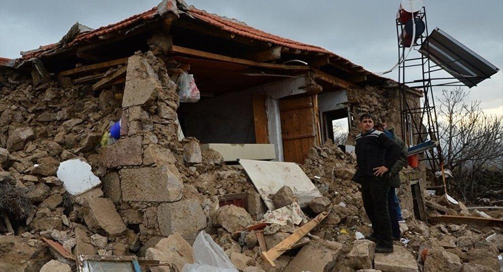"""Şimşek: """"Deprem sigortası tüm binalar için zorunlu olacak"""""""
