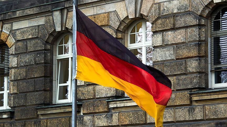 Almanya'da 330 bin evin elektriği kesildi