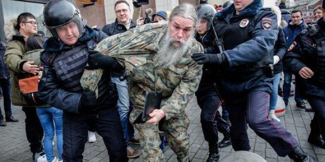 Moskova'da Putin karşıtı gösteri