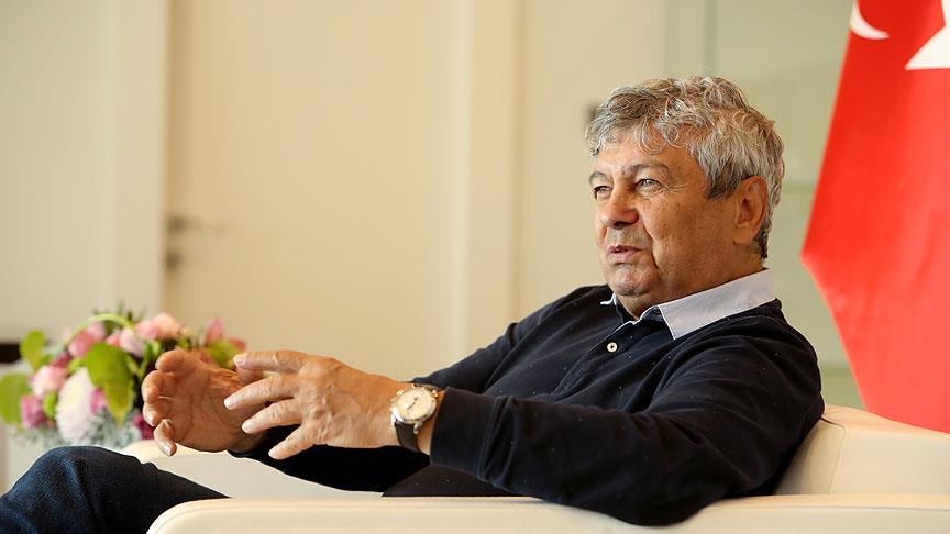 "Lucescu: ""Para ve stat var, oyuncu yok!"""