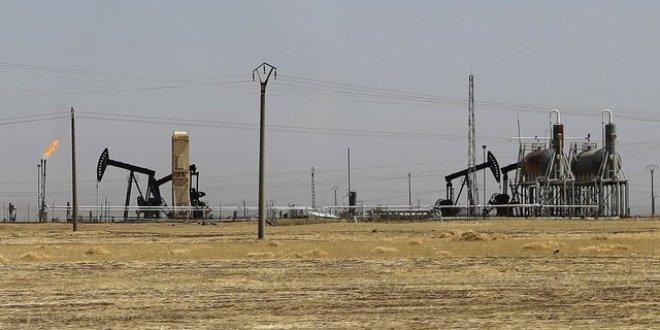 PKK/PYD Suriye'de petrol sahası E-Tenek'i ele geçirdi