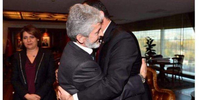 AKP ve CHP bu karelerden rahatsız!