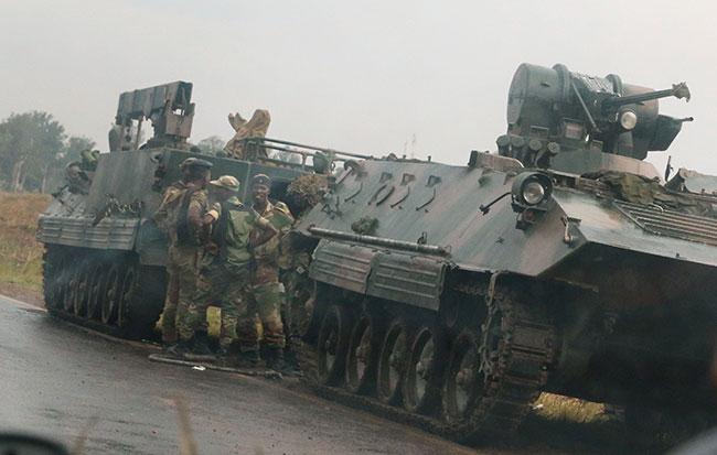 Zimbabve Başkanı Robert Mugabe istifa etti