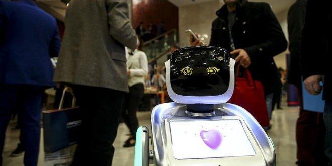 İnsansı robotlar öğretmenliğe kodlanıyor