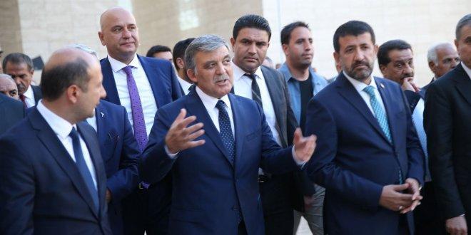 """""""Abdullah Gül, pasif bekleyişten aktif bekleyişe geçti"""""""