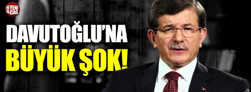 Ahmet Davutoğlu'nun konferansı iptal edildi