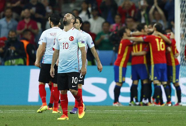 Milli Takım UEFA sıralamasında 42. sıraya düştü
