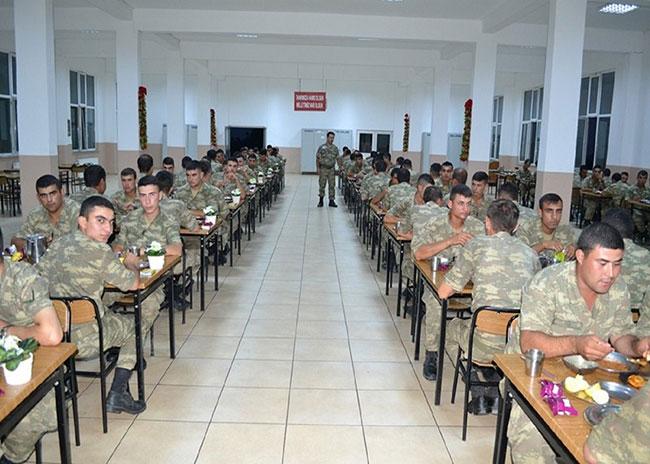 """Asker artık """"Tanrımıza hamd olsun"""" demeyecek!"""