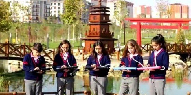 'Aybüke Öğretmen' için duygulandıran klip