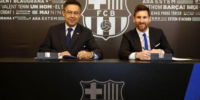 Barcelona Messi'nin sözleşmesini 2021'e kadar uzattı