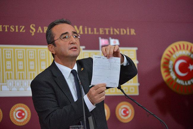 CHP Sözcüsü Bülent Tezcan belgelerin tamamını basınla paylaştı