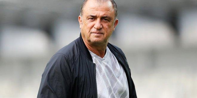 Galatasaray yönetiminde Fatih Terim savaşı!