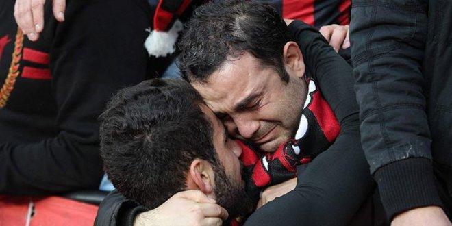 Türk futbolunun efsaneleri batıyor