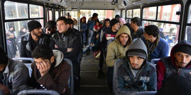 Suriyelileri Ankara deyip Adana'ya getirdiler