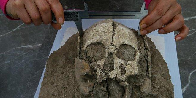 5 bin yaşındaki iskelette iz arıyor