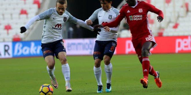 Sivasspor 1-0 Medipol Başakşehir
